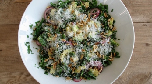 chopped_kale_salad_with_pickled_onions-00