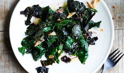 sauteed-swiss-chard-with-garlic-and-lemon-940x560