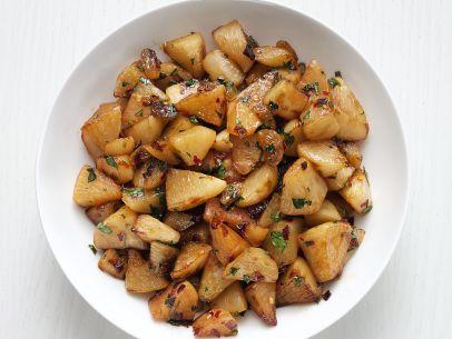 fnm_110115-glazed-turnips-with-golden-raisins-recipe_s4x3-jpg-rend-sni12col-landscape