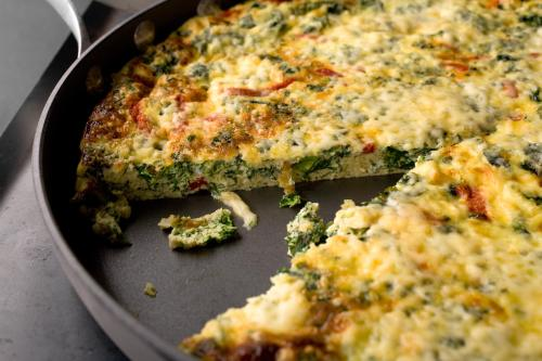 27739_kale_red_pepper_fritatta