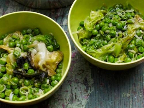 20110515-152073-fresh-peas-with-lettuce-thumb-625xauto-160018